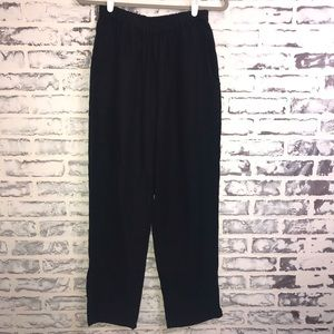 Flax Size Small Black Tapered Leg Crop Pants